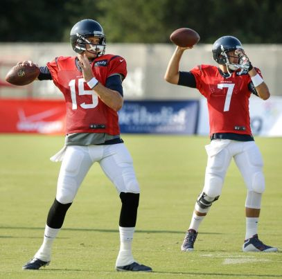 Ryan Mallett (#15) and Brian Hoyer (#7), both former Tom Brady back-ups, are reunited to battle for the Texans starting quarterback spot (Brett Coomer/Houston Chronicle)