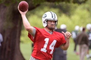 New York Jets quarterback Ryan Fitzpatrick during practice at OTA's. Photo by Bill Kostroun