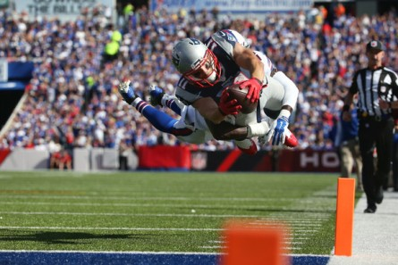 Tom Brady and Julian Edelman terrorized the Bills defense (Getty Images)