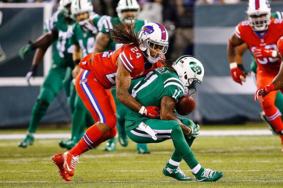 Stephon+Gilmore+Buffalo+Bills+v+New+York+Jets+qKEzextvK0rl