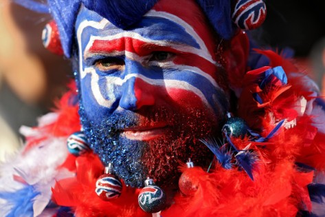 A pathetic performance by the Bills in the 1st half had Bills fans seeing red and feeling blue.
