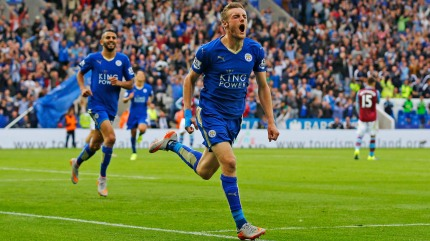 Leicester City's Riyad Mahrez (left) and Jamie Vardy are leading their team to unprecedented heights. (Getty Images)
