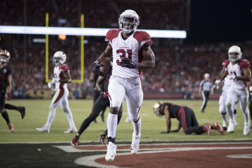 The Cardinals looks much improved when they rely on David Johnson. (Getty Images)